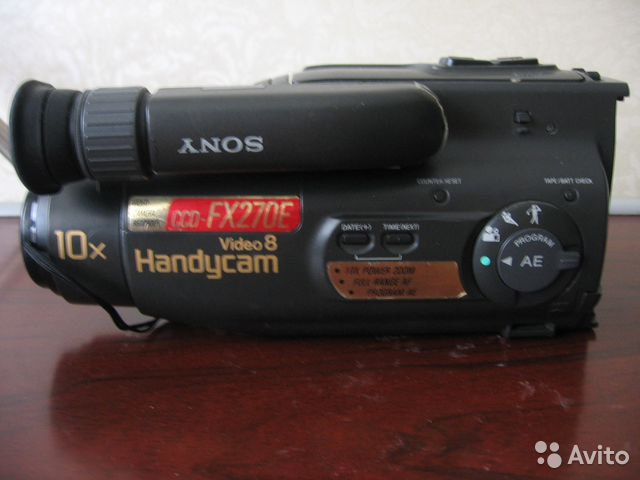Видеокамера Sony Handycam8