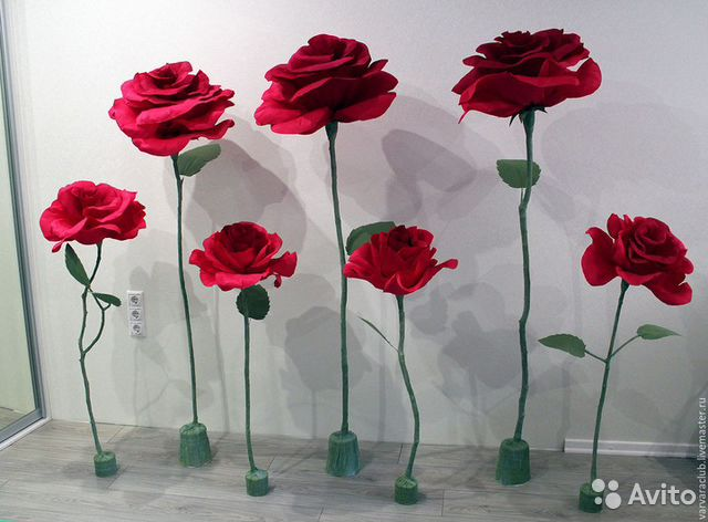 Объемные цветы из бумаги на ножке своими руками 95
