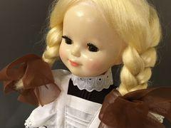 Кукла в школьной форме 3