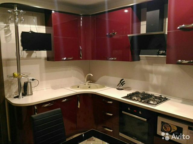 фото бордовая кухня