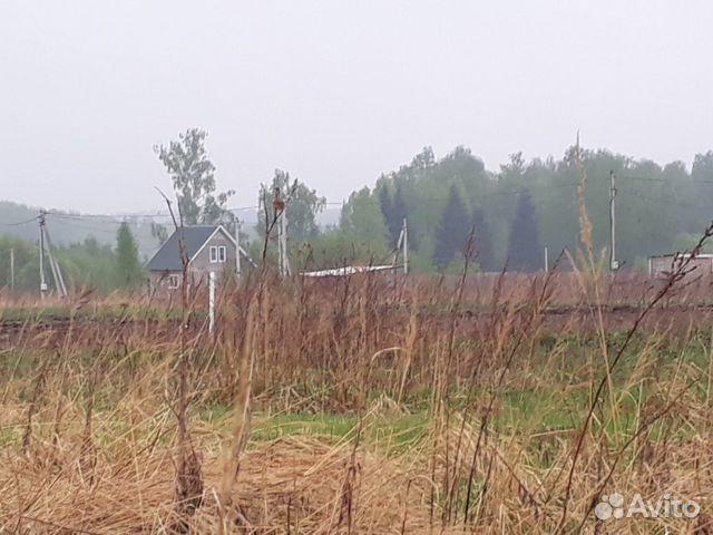 Продам участок под строительство, участок большой,можно разделить на два,отличная асфальтированная дорога,тихое место,леса,речки,пруды!