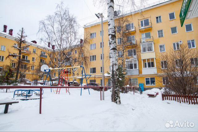 Продается двухкомнатная квартира за 2 366 000 рублей. Петрозаводск, Республика Карелия, проспект Ленина, 15.
