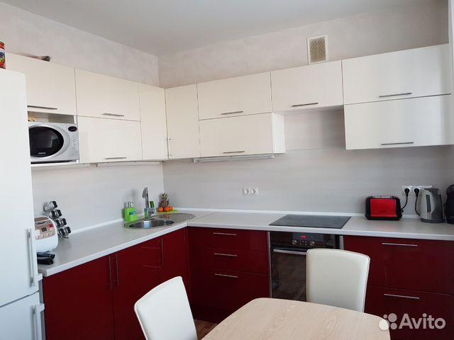 Продается двухкомнатная квартира за 3 190 000 рублей. Челябинск, улица 3 Интернационала, 58, подъезд 4.