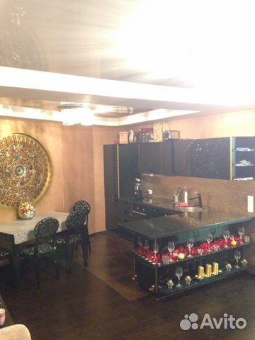 Продается двухкомнатная квартира за 3 500 000 рублей. Петрозаводск, Республика Карелия, Октябрьский проспект.