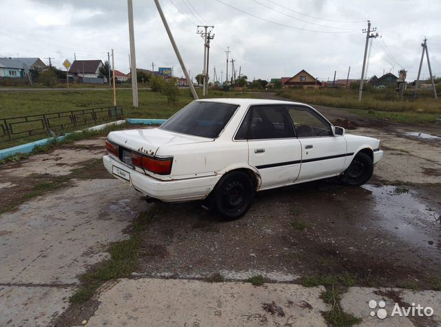 Toyota Camry, 1989  89924239862 купить 3